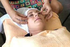Áyurvédska masáž tváre