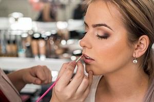 Maxi workshop: Profesionálne sebalíčenie (denný a večerný make-up)