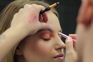 1. Online profesionálny kurz make-upu